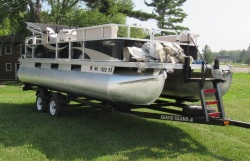 2021-angler-qwest-822-pro-troll boat image