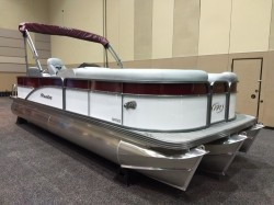 2019 -  - Oasis Angler FF VP 22 ft.