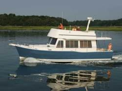 2011 - Mainship Trawlers - 414 Trawler