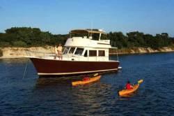 2011 - Mainship Trawlers - 479 Trawler