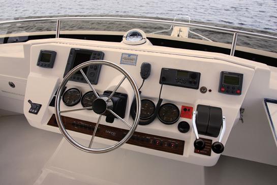 l_Mainship_43_Trawler_Aft_Cabin_2007_AI-237050_II-11315890