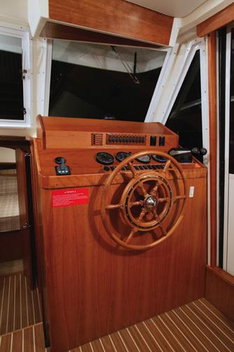 l_Mainship_43_Trawler_Aft_Cabin_2007_AI-237050_II-11315906
