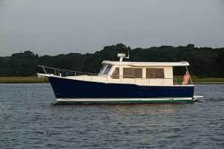 Mainship Trawlers - 34 Trawler Hardtop