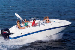 Mariah Boats DX212 Deck Boat