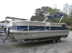 2013 - JC Pontoon Boats