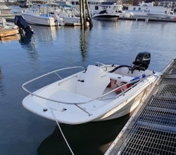 2013 - Boston Whaler Boats - 130 Super Sport