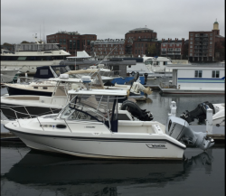 1998-boston-whaler-boats-23-conquest boat image