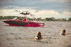 2015 - Mastercraft Boats - NXT 20