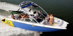 Mastercraft Boats X2 Ski and Wakeboard Boat