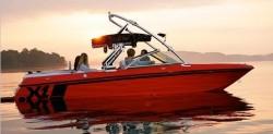 Mastercraft Boats X1 Ski and Wakeboard Boat