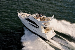 2010 - Meridian Yachts - 341 Sedan