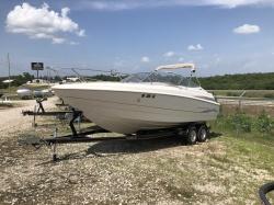 1999 - Maxum Boats - 2300 SC Cuddy