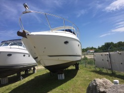 Rinker Boats 350 Express Cruiser Boat