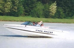 Mirage Boats 206 W Ski and Wakeboard Boat