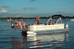 2018 - Misty Harbor Boats - Adventure 2085RU