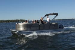 2019 - Misty Harbor Boats - Biscayne Bay 2585CS