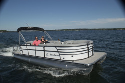 2019 - Misty Harbor Boats - Biscayne Bay 2285CS
