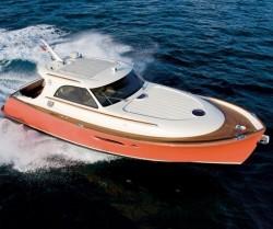 2010 - Mochi Craft Yachts - Dolphin 44-