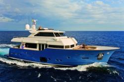 2013 - Mochi Craft Yachts - Long Range 23