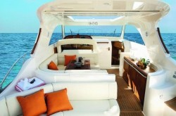 2013 - Mochi Craft Yachts - Dolphin 44-