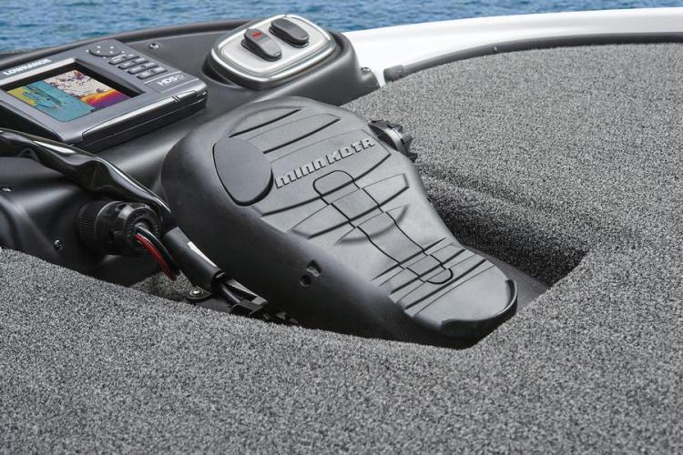 l_footpedalforminnkotatrollingmotoronbassboat
