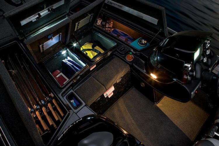 l_lightedstoragecompartmentsonnitroz-92014bassboat