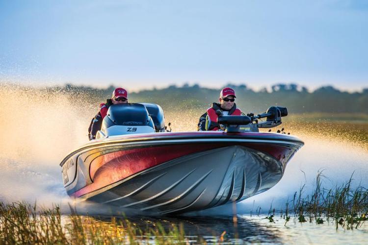 l_z-9nitro2014boatwithtrollingmotor