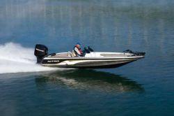 Nitro Boats 911 CDC Bass Boat