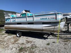 1996 Crest Boats by Maurell Products Fisher La Follette TN