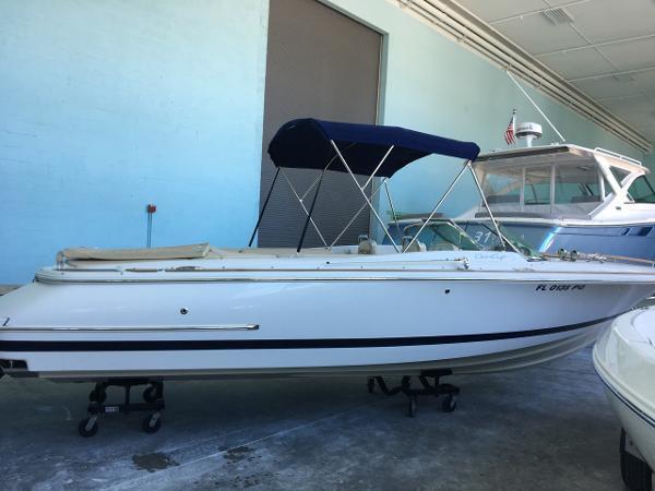 2012 Chris-Craft Corsair 25 Riviera Beach FL for Sale 33404