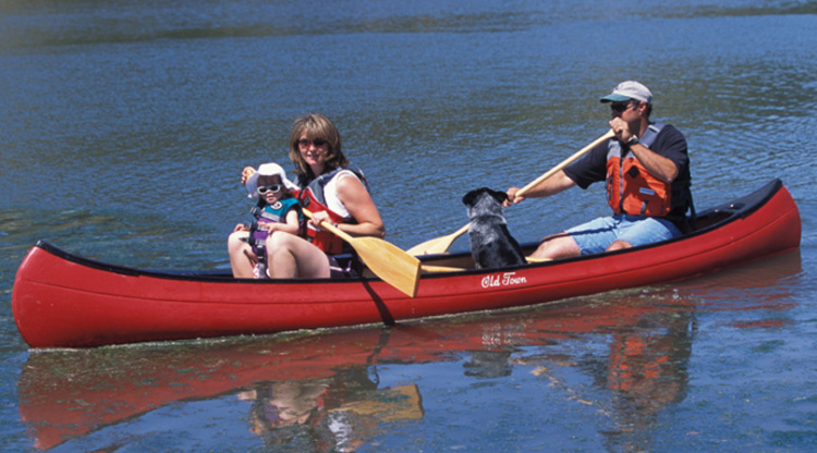 Research 2014 - Old Town Canoe - Charles River 15 on iboats com