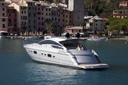 2013 - Pershing Yachts - Pershing 58