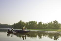 2016 - Polar Kraft Boats - Bass Series TX 165