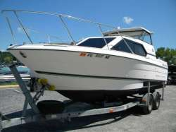 1997 Bayliner 2452 CD Ciera Express