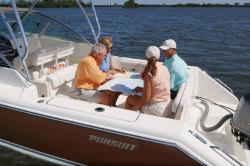 Pursuit Boats - OS 235