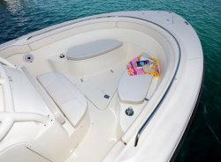 Pursuit Boats - C 280