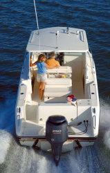 2010 - Pursuit Boats - OS235 Offshore