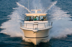 2010 - Pursuit Boats - OS 375 Offshore