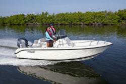 2014 - Pursuit Boats - C 180