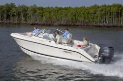 2015 - Pursuit Boats - DC235