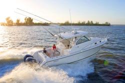 2015 - Pursuit Boats - OS345 Offshore