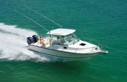 2015 - Pursuit Boats - OS255 Offshore