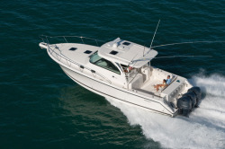 2015 - Pursuit Boats - OS385 Offshore
