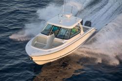 2017 - Pursuit Boats - DC 325