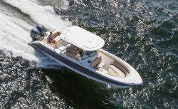 2017 - Pursuit Boats - ST310