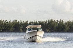 2018 - Pursuit Boats - DC235