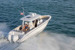 2018 - Pursuit Boats - S 328