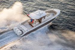 2018 - Pursuit Boats - S 368