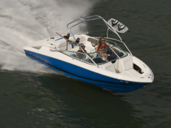 2009 - Regal Boats - 2200