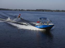 2009 - Regal Boats - 2200 RX